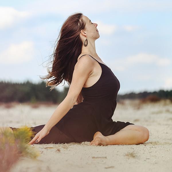 Agora Yoga Easy-lates